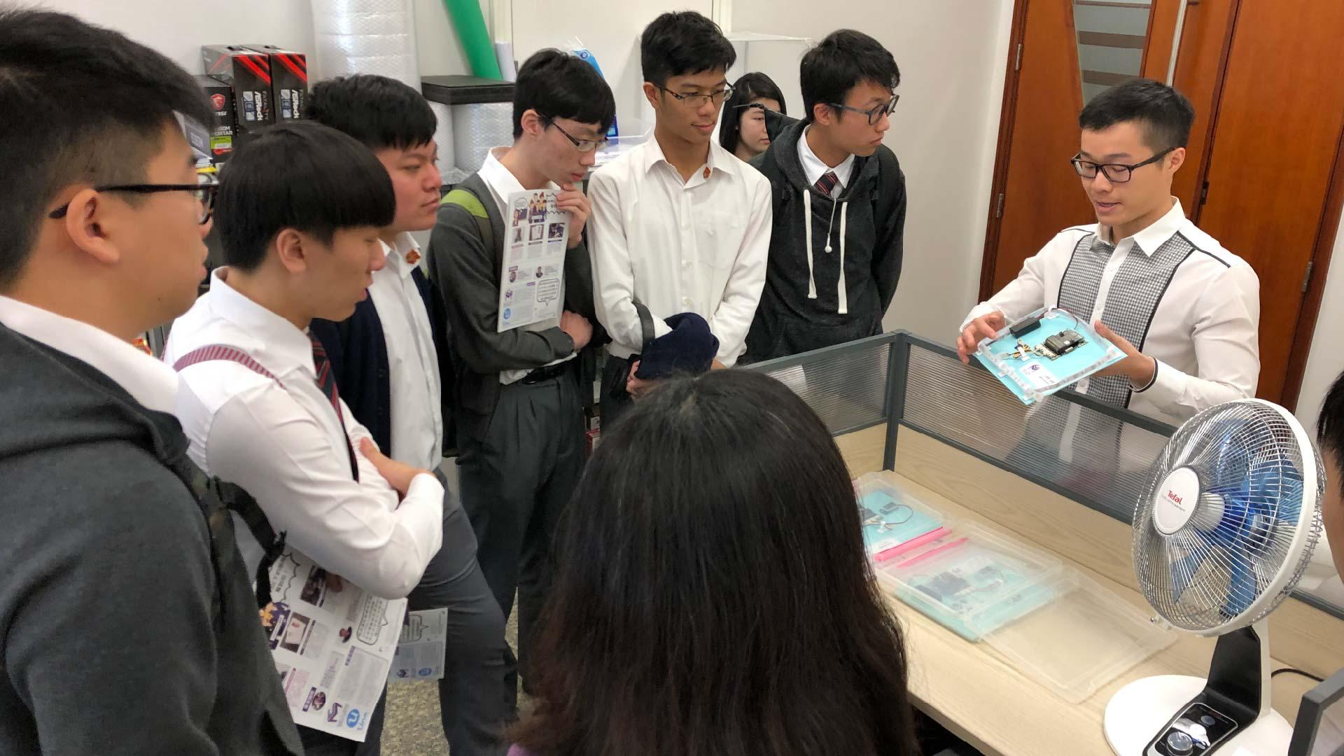 DBS students visit 2